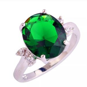 Jewelry - White Gold Emerald and Topaz Ring